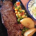 ステーキしおや - 料理写真:
