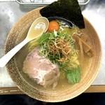 覆麺 智 - 渡り蟹 塩(900円)