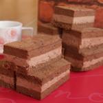 カリーノ - 生チョコレンガ*ふわふわのスポンジにチョコクリームを挟んだスイーツ。