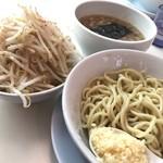 ラーメン つけ麺 天高く翔べ! - つけ麺(野菜、ニンニク、アブラ、カラメ増し)