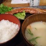 80218014 - 豚バラ黒胡椒焼き定食 990円(税別) ご飯と味噌汁が美味しい