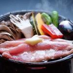 日本料理 桜ばし - 昇竜舞茸と福井ポークの陶板焼き