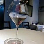 80223401 - 赤ワインをボトルで