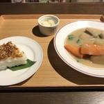 80225152 - KURAMOTO粕汁 with 辛味噌焼きおにぎり
