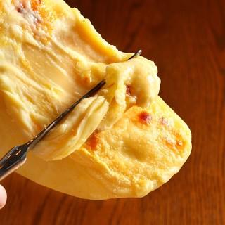 人気のラクレットチーズ♪ステーキとの絶妙な・・・