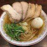 80230576 - 中華そば(しょうゆ)(700円)+たまちゃ(250円)