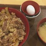 80231197 - メガ牛丼 780円   トン汁たまごセット 200円