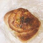 エムズベーカリー - 焼きカレーパン