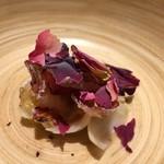 サンプリシテ - 料理写真:函館縞エビ 薔薇
