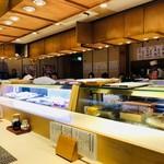 江戸前 びっくり寿司 - おひとり歓迎のカウンター席!