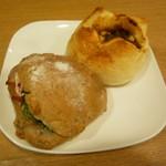 アルション ラ・メゾン - 料理写真:紅茶鴨のくるみパンサンド、男前チーズカレー