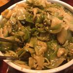 中華風家庭料理 ふーみん - ふーみん(備え付けのザーサイ)