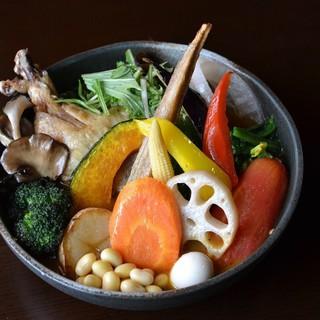 ★野菜へのこだわり~契約農家さんの愛情たっぷり!