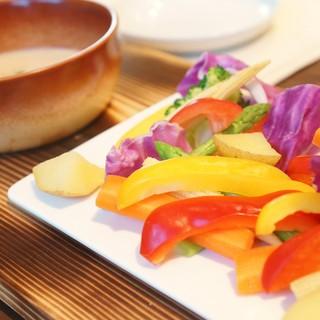 【食材へのこだわり】農家直送のオーガニック野菜