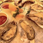 80270759 - 『Fresh Oysters on the half Shell¥3,000』