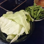 でべそ - キャベツ、枝豆