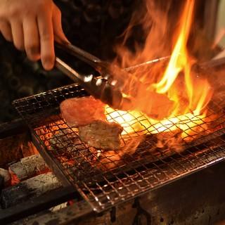 こだわりの『もつ焼き』はブランド豚の『上州豚』を使用。