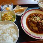 香蘭楼 - 油淋鶏セットのランチ
