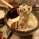 北野 - ちぢれ太麺が実にスープと合う