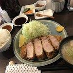 熟豚 - 超特上リブロースかつ定食3672円