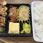 ダイニング フフフ - 唐揚げ弁当¥600