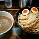 赤羽京介 - 料理写真:つけ麺中盛り310グラム!味玉トッピング!900円!