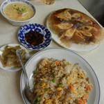 万里長城 - 焼餃子と焼飯