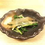 和洋酒菜 ひで - 宍道湖 シラウオ・あさつきの芽・とんぶり和え