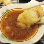 天ぷら定食 ながお - かき天定食には4個のかき天が含まれております。