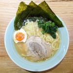 壱八家 - ラーメン … 730円
