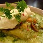 ラザーニャ・ラザーニャ - 海老とマッシュルーム、アボカドのジェノベーゼソースのラザーニャ マスカルポーネチーズ添え