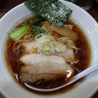 一刀流らーめん - 料理写真:煮干醤油ラーメン740円