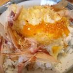 オリーブ天ぷら 玉衣 - 卵天鰹節^