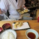 オリーブ天ぷら 玉衣 - 揚げたてを