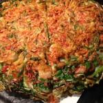 ソクチョ サムゲタン - 海鮮ニラチヂミがサクサクで美味しかったですが