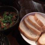 フルミチ  - 最近の推し料理 牛もつカレー煮込み(330円)抜群の旨さ。パンと一緒に。