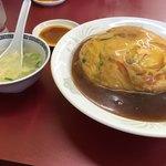 まんぷく亭 - 天津飯にはスープが付いてくる