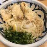手打ち讃岐うどん 雲海 - 料理写真:とり天ぶっかけ750円 麺大盛り150円