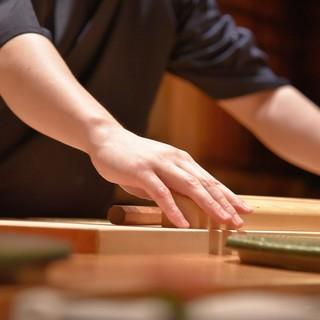 選び抜かれた「旬」を味わう、至福の『寿司』
