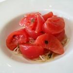 トラットリア・ヒロ 銀座  - 高知県産フルーツトマトの冷製カッペリーニ
