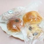 パン屋 プラティニ - 買ったパン4種類