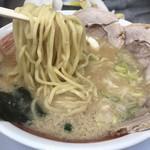 麺屋いたがき - 醤油の麺