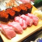 かわなみ鮨 - 大トロ、いくら