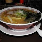 Fu‐Ro‐Ya - 料理写真:しょうゆラーメン 700円