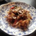 中華工房おかげさま - 牡蠣のオイスターソース炒め。