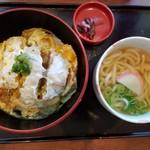 80369593 - ロースかつ丼と麺のセット980円