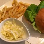 ミー・ココ - センメルの塩豚サンドプレート750円