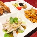 80373512 - 春巻き、イカの中華風、鶏肉とカシューナッツの炒め物