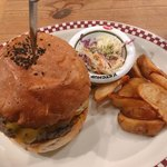MUNCH'S BURGER SHACK -