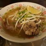 カムオーン - 牛すじ肉のフォー